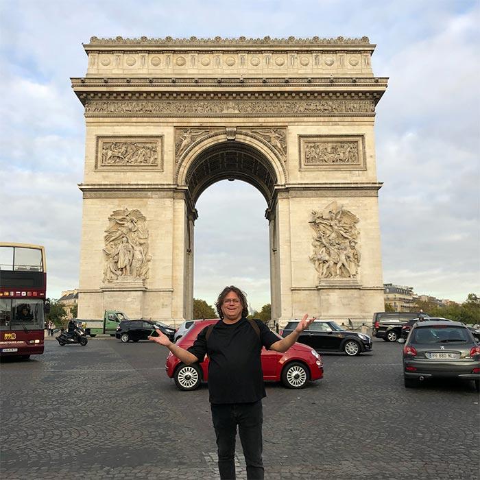 divine-ed-in-paris